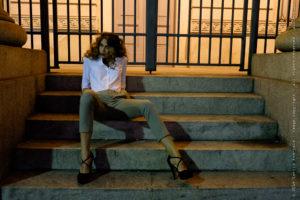 Fashion night, ritratto fotografico, fotografia di moda, foto notturna